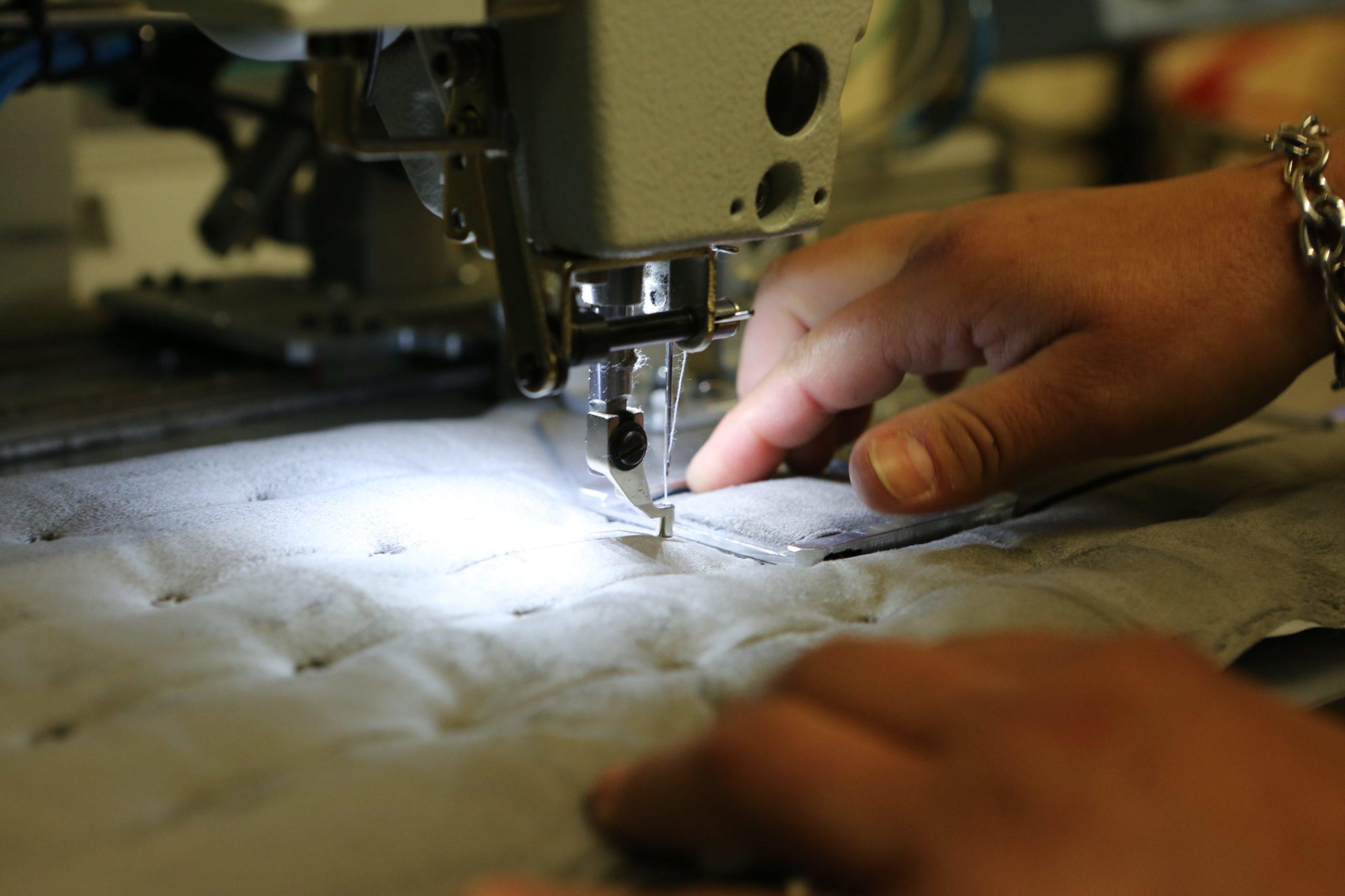 couture-mains-précision